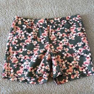 "White House Black Market pink flowered 5"" shorts"